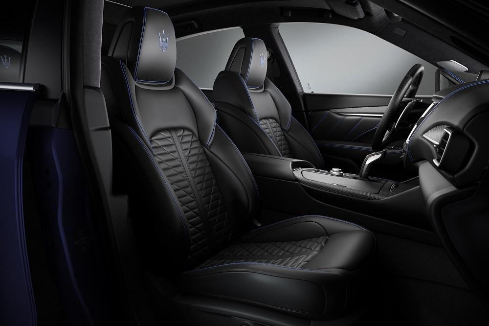 0f21364c6 ظهور ليفانتي تروفيو V8 في أول عرض لها في المعرض بإصدار محدود من 100 سيارة  فقط