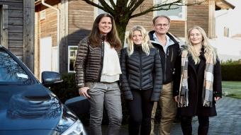 شركة فولفو للسيارات تضع عائلة حقيقة في وسط تجاربها لسياراتها ذاتية القيادة